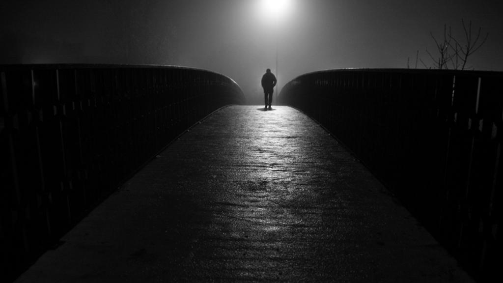 Картинки одиночества и пустоты